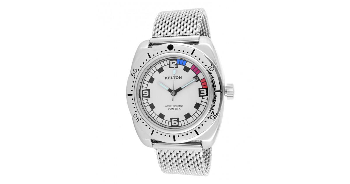 Toute en métal cette montre Kelton pour homme avec son bracelet milanais elle se démarque de sa collection Racing